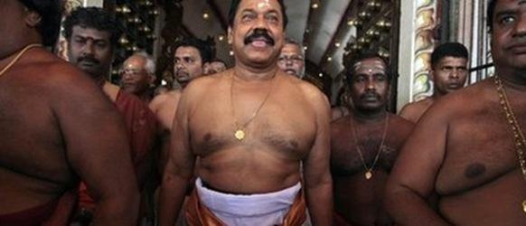 Mahinda Rajapaksa was among devotees at the Nallur temple last week