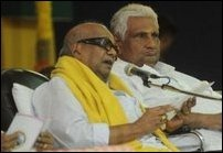 Prof. K. Sivathamby with Tamil Nadu Chief Minister M. Karunanidhi during World Classical Tamil Conference