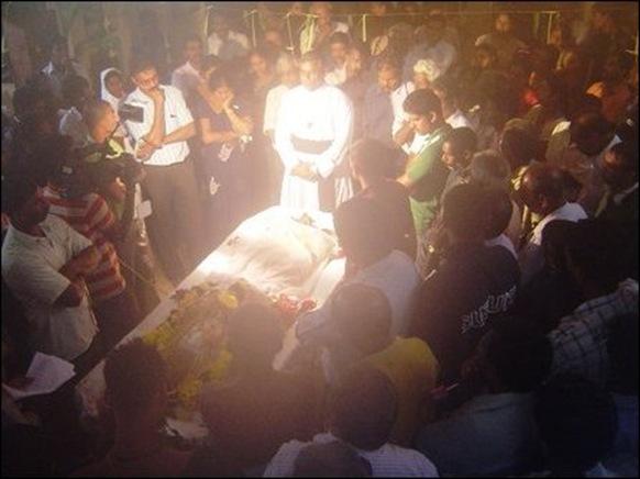Obituary address by Rev. Fr. Jesudas at the funeral [Photo: TamilNet]