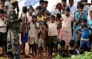 A top UN official due in Sri Lanka Wednesday to assess flood relief needs will also visit civilians displaced by the island's Tamil separatist conflict, the UN said.