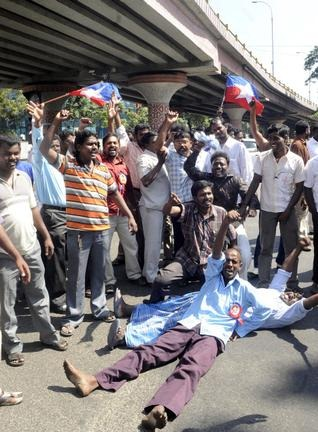 Pressure is mounting up on Union Government as political parties in Tamil Nadu demonstrate against the killing of Indian fishermen allegedly by Sri Lankan Navy. File Photo: R. Ravindran
