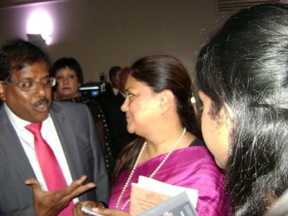 Former Rajasthan CM Vasundhara Raje Scindia [right] discussing with S. Pathmanathan of the BTF