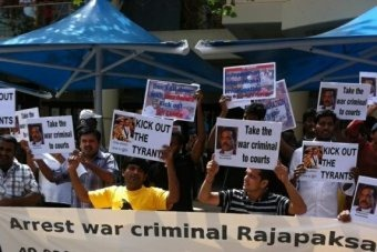 Photo: Sri Lankan protesters take part in the rally to coincide with the opening of the Commonwealth Heads of Government Meeting (Graeme Powell: ABC News)