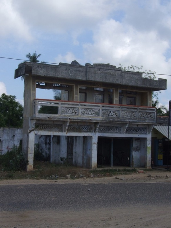 Typical and Turn: An abandoned building in Kaithady- picture by Dushiyanthini Kanagasabapathipillai