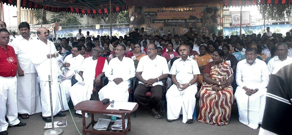 Tamil Nadu State General Secretary of the CPI, Mr. D. Pandian led the fasting campaign.