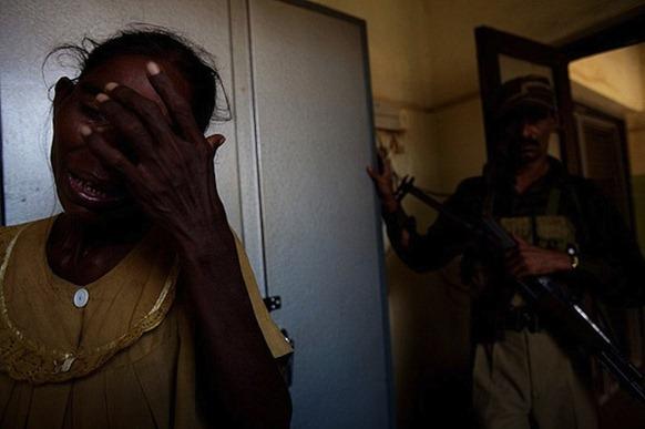 weeping_mother_Batticaloa