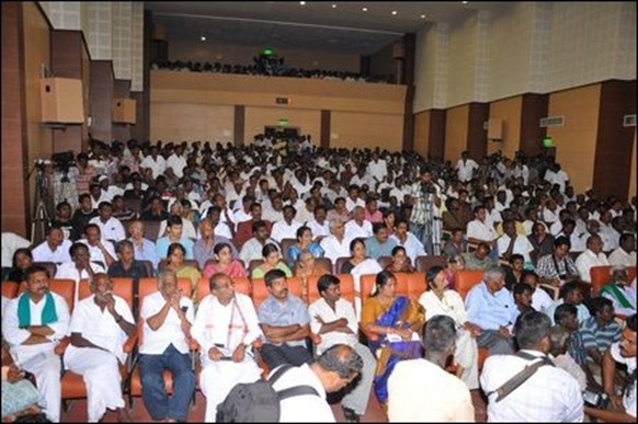 Pirapaharan_book_launch_audience_97616_445