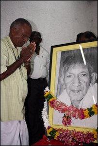 Prof_Sitrampalam_Chelva_memorial2_97467_200