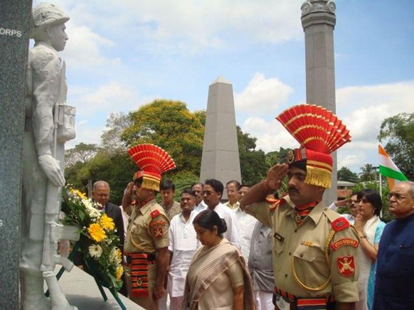The Hindu Leader of the Opposition in Lok Sabha, Sushma Swaraj, pays tributes at the IPKF memorial in the outskirts of Colombo on Tuesday. Photo: R.K. Radhakrishnan Arrival Date: 17/04/2012