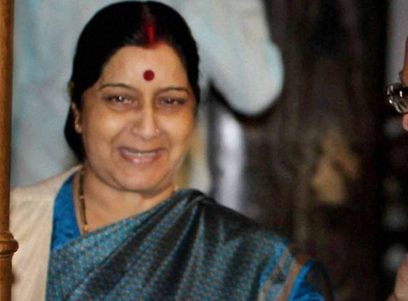 Indian MPs team led by BJP leader Sushma Swaraj visited Sri Lanka's war-ravaged north where number of India-sponsored projects are being undertaken - Agencies