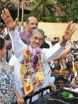 Hundreds of supporters gathered to cheer Sarath Fonseka as he left prison on Monday