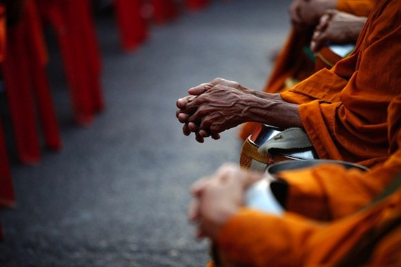 Mobs, Monks and the Problems of Political-Buddhism