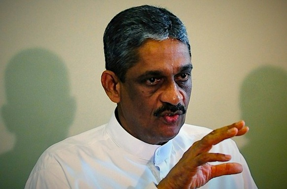 ex-army-chief-General-Sarath-Fonseka_2 - Photo via JDS. AFP PHOTO/Lakruwan WANNIARACHCHI.