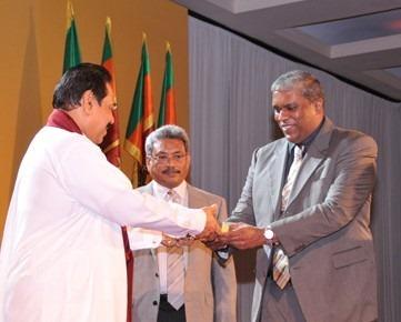book release gota's war - Gotabaya and Mahinda Rajapaksa
