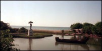 Thiruvadinilai, Sangamitha statue