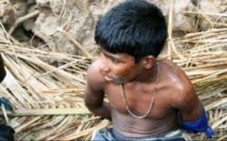 Captured young LTTE fighter - Channel 4