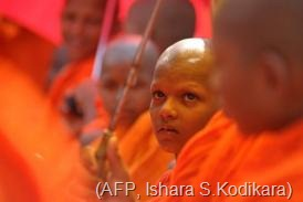 Young Sri Lankan Buddhist monks take part in a rally at Maharagama on February 17, 2013 calling for a ban on halal meat (AFP, Ishara S.Kodikara)