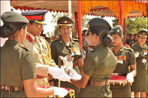 SL_military_parades_Tamil_girls_01_103050_445