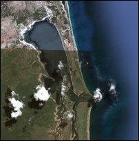 Ilangkaith-thu'rai is the small islet lying across little inside of the lagoon entrance [Image courtesy: Google Earth]