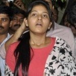 Anjali returns. Meets DCP