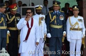 Mahinda Rajapakse (3rd left) joins military commanders for the Victory Day parade in Colombo, on May 18, 2013 (AFP, Ishara S.Kodikara)