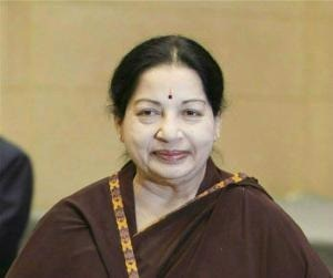 In a letter to PM Manmohan Singh, Jayalalithaa has urged the Centre to send a strong message to the Lankan govt.