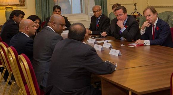 British_PM_meets_Tamil_groups