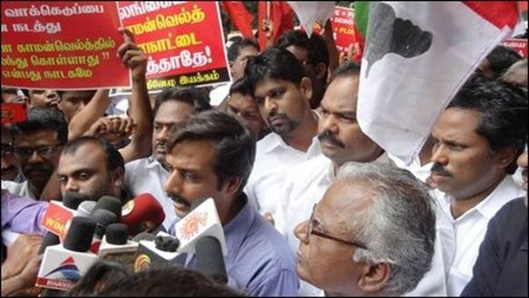 Chennai_protest_25_10_2013_04_105189_445
