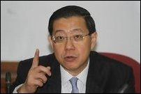Chief Minister of the State of Penang in Malaysia, Mr. Lim Guan Eng, has called for the boycott of CHOGM in Colombo, Sri Lanka, scheduled to take place in November. Lim Guan Eng is also the Secretary General of the Democratic Action Party (DAP), which is the ruling party in the state of Penang. In the DAP's Central Executive Council (CEC), which is the highest decision making body of the DAP, it was unanimously endorsed that the party, long known for its firm stand on human rights, democracy and justice, would call for the boycott of CHOGM in Colombo, sources close to DAP told TamilNet. The Penang CM's boycott call follows similar call by Tamil Nadu Chief Minister and a unanimous resolution in the Tamil Nadu State Assembly on Thursday.