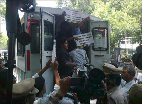 Chennai_protest_26_05_2014_02_107160_445