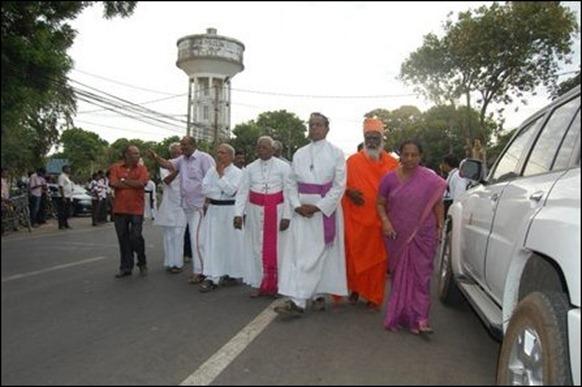 Thaninayagam_statue_Jaffna_11_107514_445