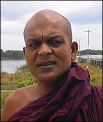 Ampitiye_Sumanarathana_thero_02_107870_200