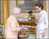 Queen_Elizabeth_Angelina_Jolie