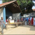 SL military divided over voting in North